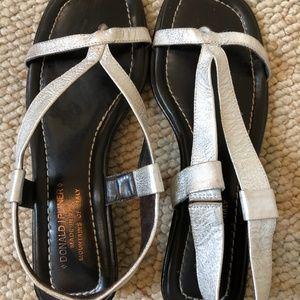 Donald J Pliner Arua-76 silver sandals